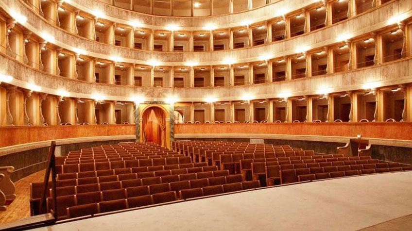 get cheap 24b00 39ce4 Teatro Sociale